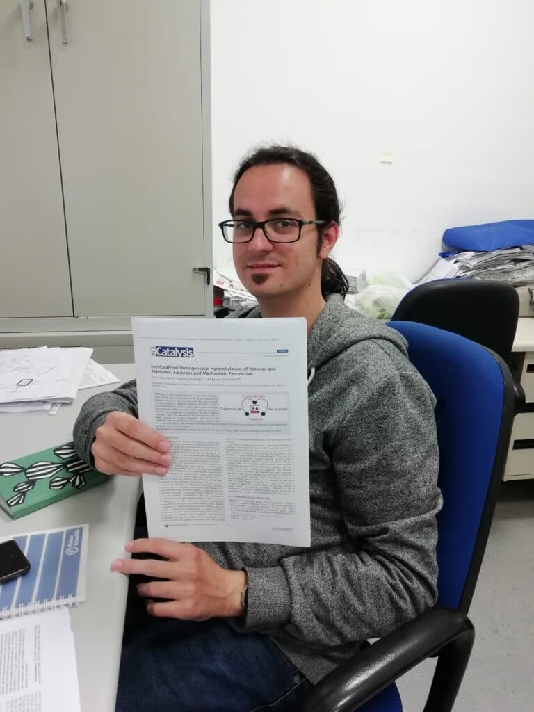 Álvaro publishes in ACS Catalysis !! The first paper of the group in this journal !! Congratulations !!