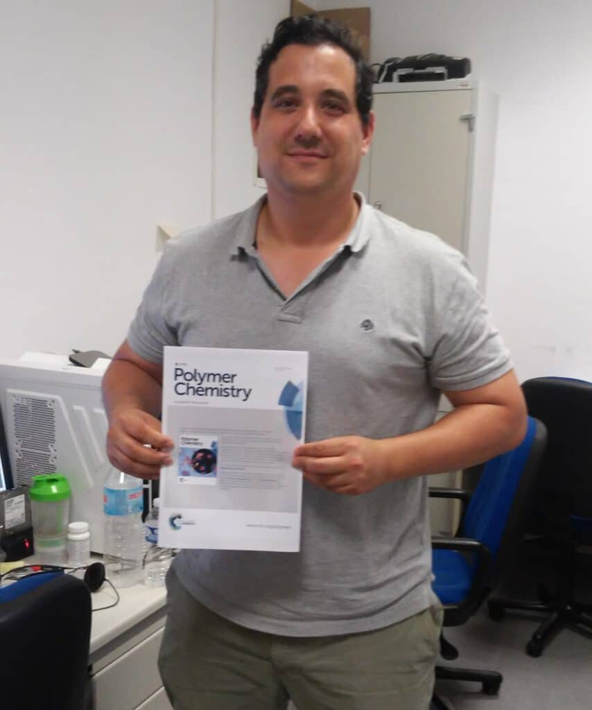 Curro publishes in Polymer Chemistry ! A journal of the Royal Society of Chemistry. The first of many that are coming !!