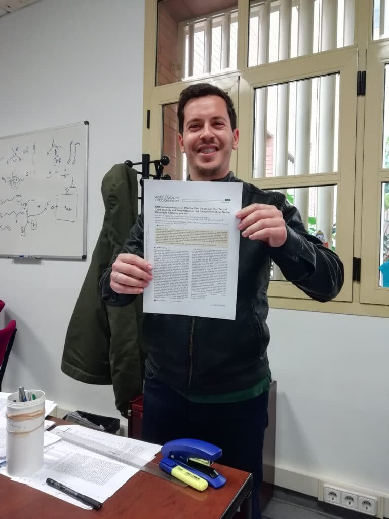 Luisma publishes once again in The Journal of Agricultural and Food Chemistry !! Congratulations Luisma !!